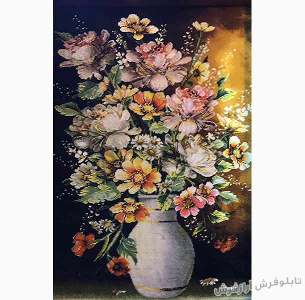 تابلوفرش طرح گل و گلدان سفالی کد 318