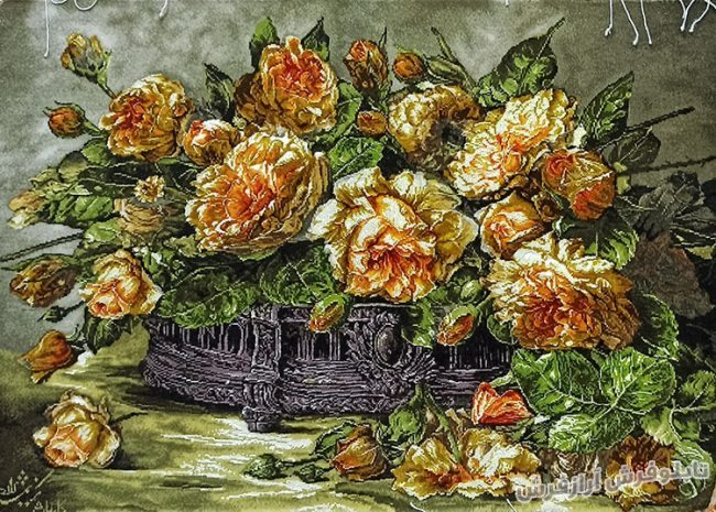 تابلو فرش دستباف طرح گل رز زرد منقل کد 899